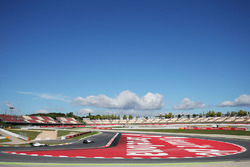Felipe Massa, Williams FW38, voor teamgenoot Valtteri Bottas, Williams FW38