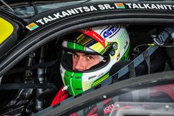 #56 AT Racing Ferrari F458 Italia: Davide Rigon