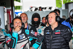 Olivier Panis, Team Principal Panis Barthez Competition and Renaud Derlot, Team Manager Panis Barthez Competition