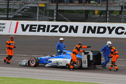 Tony Kanaan, Chip Ganassi Racing Chevrolet setelah kecelakaan