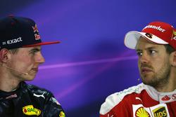 Прес-конференція FIA: переможець Макс Ферстаппен, Red Bull Racing та Себастьян Феттель, Ferrari