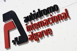 Логотип трассы «Алгарве»