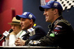 Copart and Roush racing announce 2010 Copart sponsor for Carl Edwards