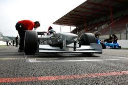 #12 Klass Zwart, Team Ascari, F1 Benetton B197 Judd 4.0 V10