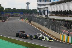 Jaime Alguersuari, Scuderia Toro Rosso y Jenson Button, Brawn GP