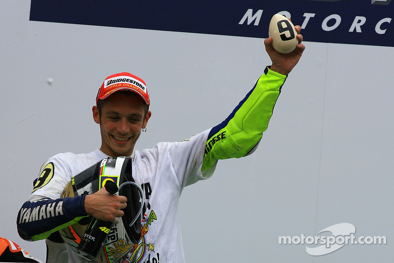 Podium: third place and 2009 MotoGP champion Valentino Rossi, Fiat Yamaha Team celebrates