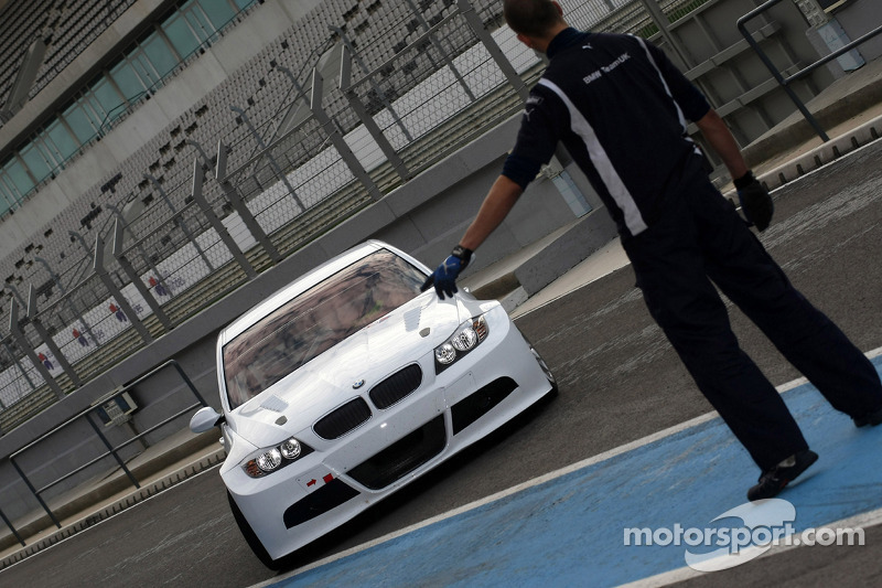 Augusto Farfus, BMW 320si, BMW Team UK