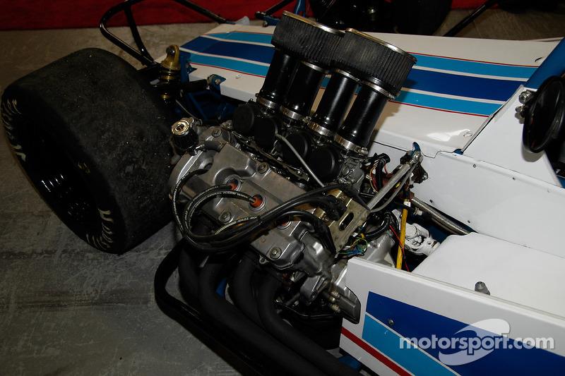 Le 4C Super de 600 cc est accorché sur le côté, comme les gros