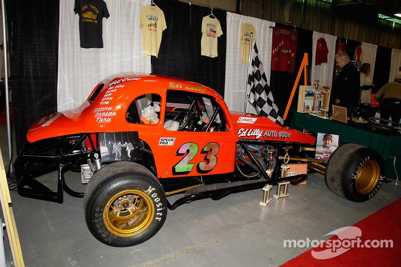 Ed Lilly pilota cette Plymouth de 1936 au Doney Park Speedway de 1971 à 1982, remportant le champion