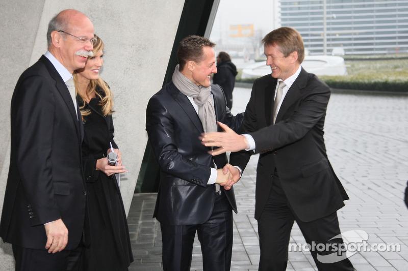Dr. Dieter Zetsche und Michael Schumacher