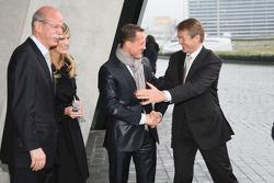 Dr Dieter Zetsche et Michael Schumacher