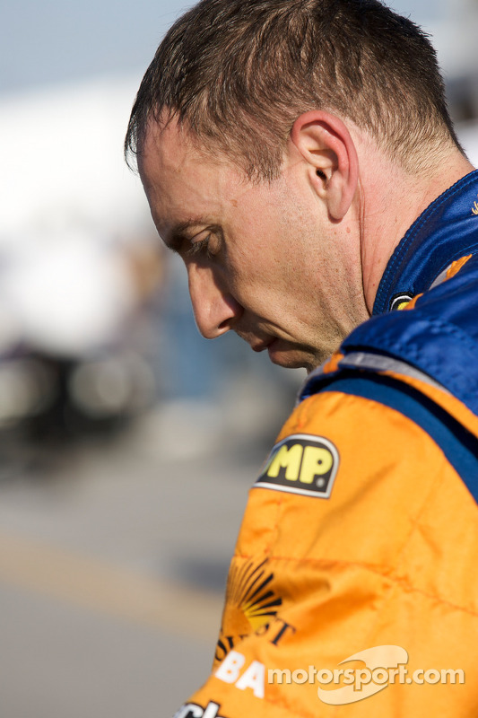 Max Angelelli célèbre sa pole position DP