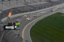 Start onder gele vlag: #69 SpeedSource Mazda RX-8: Emil Assentato, Anthony Lazzaro, Nick Longhi, Jeff Segal