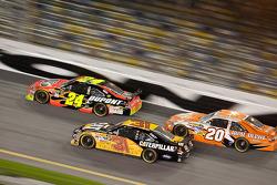 Jeff Gordon, Hendrick Motorsports Chevrolet, Jeff Burton, Richard Childress Racing Chevrolet, Joey Logano, Joe Gibbs Racing Toyota