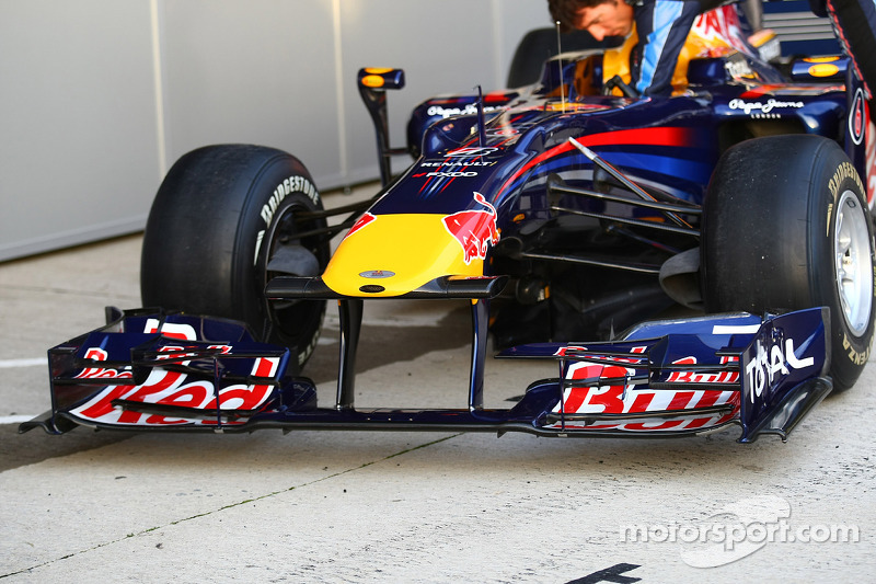 The new Red Bull RB6 front wing and nose cone