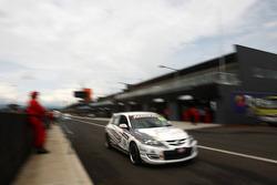 #13 Osborne Motorsport, Mazda 3 MPS: Colin Osborne, Rick Bates, Terry Bosnjak