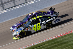 Jimmie Johnson, Hendrick Motorsports Chevrolet and Matt Kenseth, Roush Fenway Racing Ford