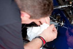 A Rapax mechanic at work