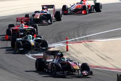 Хайме Альгерсуарі, Toro Rosso Ferrari, Хейккі Ковалайнен, Lotus Cosworth