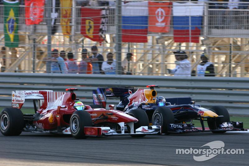 Феліпе Масса, Ferrari, випереджає Себастьяна Феттеля, Red Bull Renault