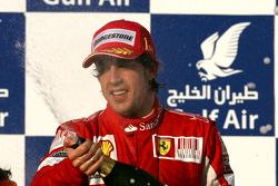 Podium: winnaar Fernando Alonso, Scuderia Ferrari