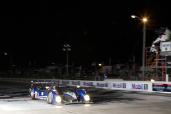 #07 Team Peugeot Total Peugeot 908 HDI FAP: Marc Gene, Alexander Wurz, Anthony Davidson takes the checkered flag