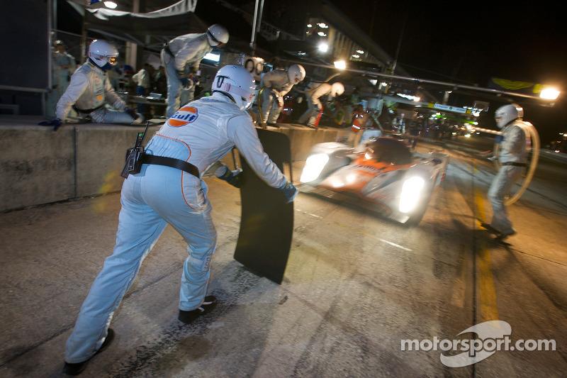 Pitstop #007 Aston Martin Racing Lola B09 60 Aston Martin: Stefan Mücke, Harold Primat, Adrian Fernandez