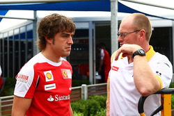 Fernando Alonso, Scuderia Ferrari with a Renault Mechanic