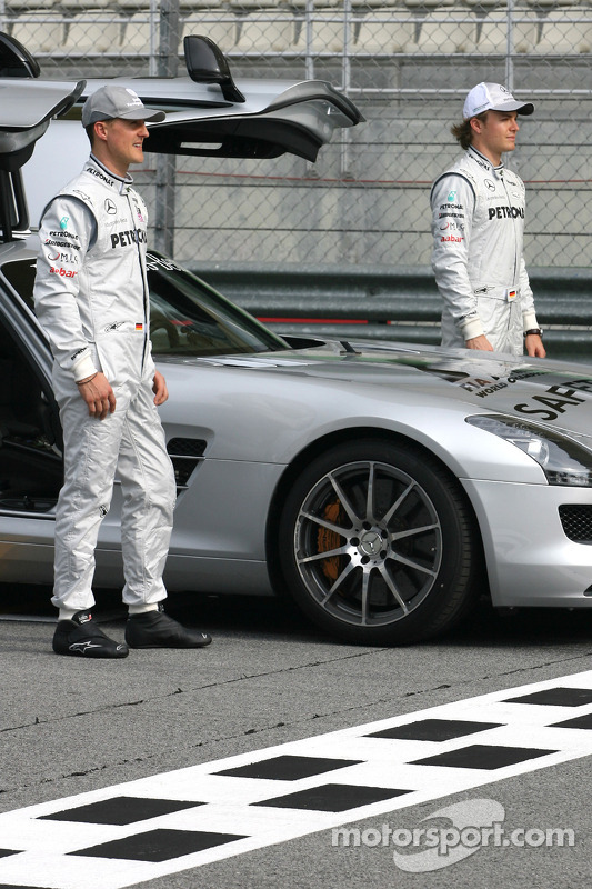 Michael Schumacher, Mercedes GP en Nico Rosberg, Mercedes GP