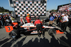 Race winner Helio Castroneves in victory lane