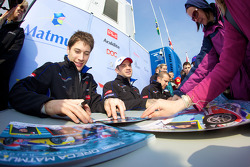Autograph session: Olivier Panis, Nicolas Lapierre, Loic Duval