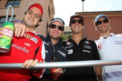 Felipe Massa, Scuderia Ferrari, Rubens Barrichello, Williams F1 Team, Lucas di Grassi, Virgin Racing, Bruno Senna, Hispania Racing F1 Team, HRT