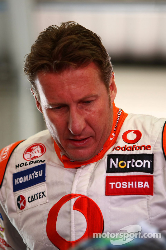 Team Vodafone Mark Skaife in de #888 Commodore