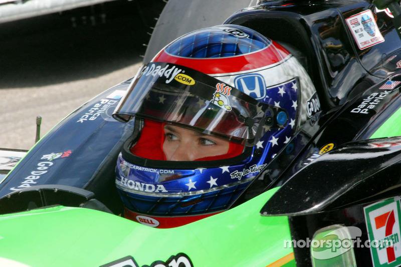 Danica Patrick, Andretti Autosport wacht om te kwalificeren