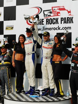 GT podium: Pirelli Girls with the GT winners