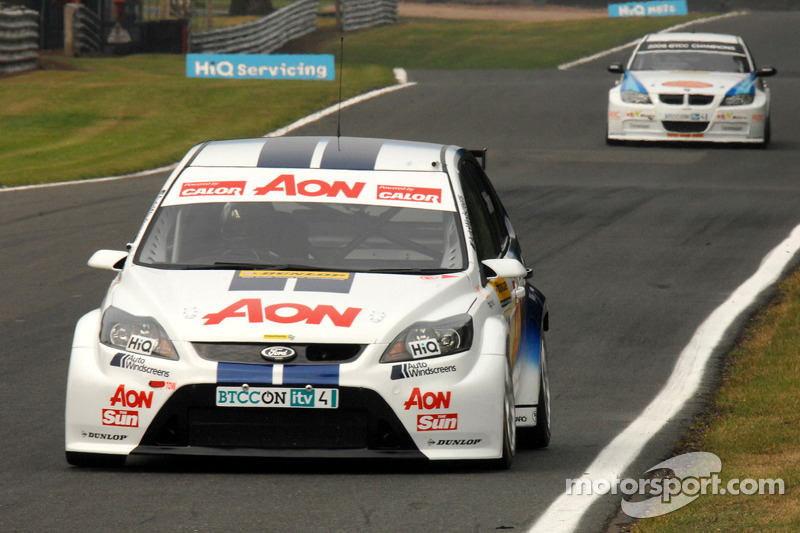 Tom Chilton voor Andy Neate