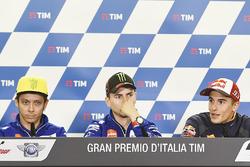 Valentino Rossi, Yamaha Factory Racing, Jorge Lorenzo, Yamaha Factory Racing, Marc Márquez, Repsol Honda Team