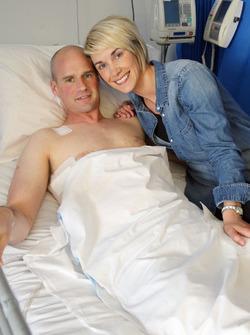 Ryan Farquhar bersama istrinya Karen Farquhar
