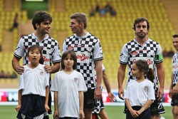 Carlos Sainz Jr., Scuderia Toro Rosso, Max Verstappen, Red Bull Racing and Fernando Alonso, McLaren at a charity football match