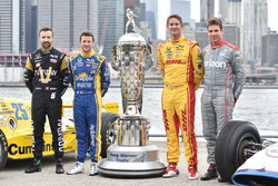 James Hinchcliffe, Schmidt Peterson Motorsports Honda, Marco Andretti, Andretti Autosport Honda, Ryan Hunter-Reay, Andretti Autosport Honda and Will Power, Team Penske Chevrolet with the BorgWarner Trophy