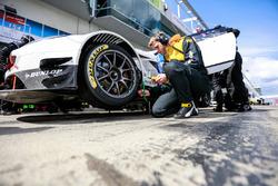 #154 Hofor-Racing, BMW M3 E36: Simon Glenn, Jody Halse, Marcos Burnett, Cemal Osman