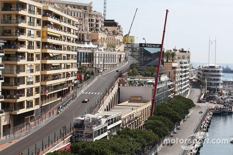 Romain Grosjean, Haas, und Marcus Ericsson, Sauber