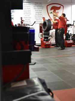 Firestone tires technician