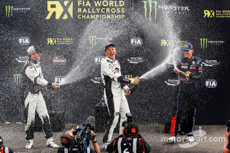 Podium : le vainqueur Mattias Ekström, EKS RX Audi S1, le 2e Petter Solberg, PSRX Citroën DS3 RX, et le 3e Timmy Hansen, Peugeot Hansen 208 WRX