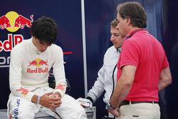 Carlos Sainz Jr. bersama father Carlos Sainz