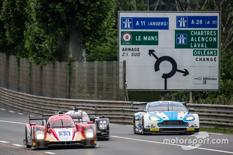 Renn-Action in Le Mans