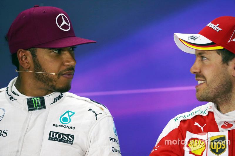 (Da Sx a Dx): Lewis Hamilton, Mercedes AMG F1 e Sebastian Vettel, Ferrari nella conferenza stampa FIA
