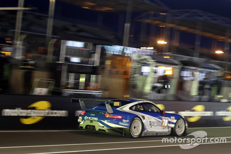 41st: #78 KCMG Porsche 911 RSR: Christian Ried, Wolf Henzler, Joel Camathias