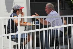Carlos Sainz Jr., Scuderia Toro Rosso, mit Helmut Marko, Red Bull