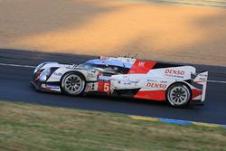 #5 Toyota Racing Toyota TS050 Hybrid: Ентоні Девідсон, Себастьян Буемі, Казукі Накадзіма